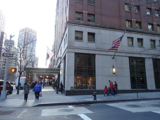 ذا كيتانو نيويورك: 入り口外観 