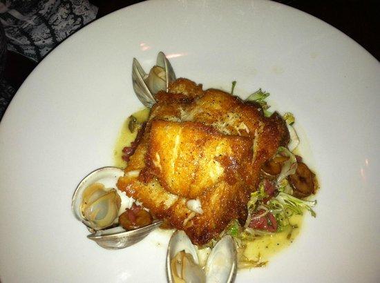 Carolina's Restaurant : Pan Sauteed Flounder