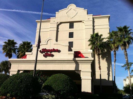 Hampton Inn Orlando International Drive/Convention Center: Fachada Bonita!