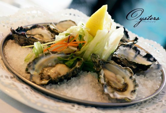 Surfers RSL: Oysters