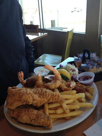 Top Water Grill: Th' Platter