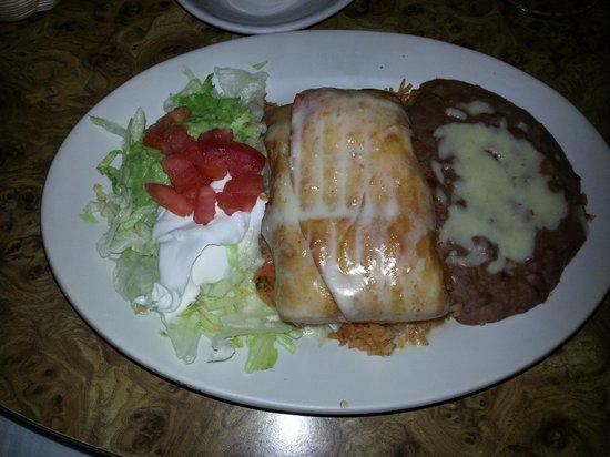 El Tejado Mexican Restaurant: Beef Chimi 