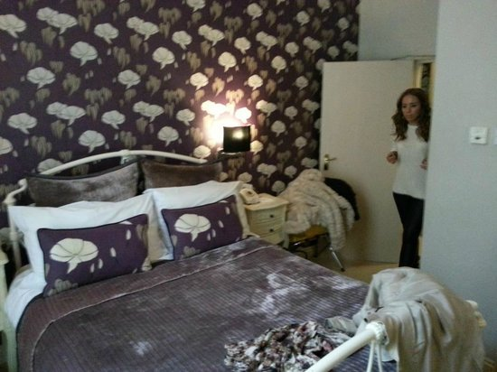 Harington's City Hotel: room