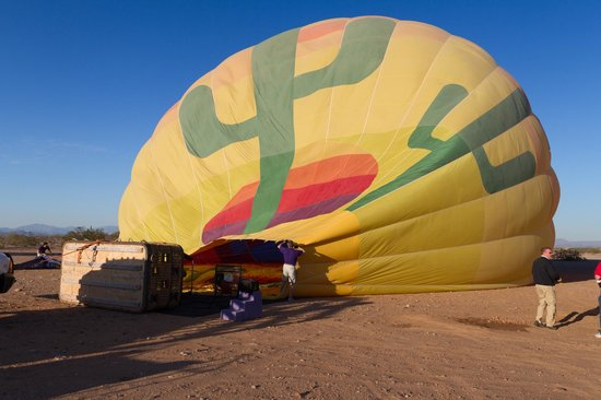 Hot Air Expeditions: The Balloon gets inflated