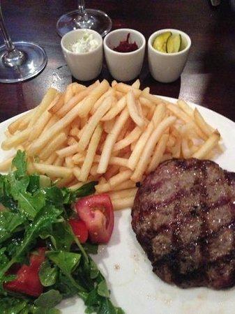Muster Bar and Grill : lamb burger GF style
