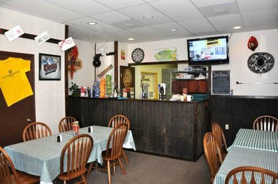 Mountainside restaurant: Beer & Wine Area