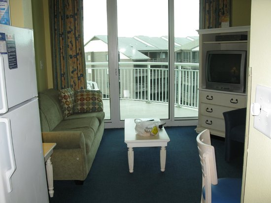 Avista Resort: view of living room and balcony