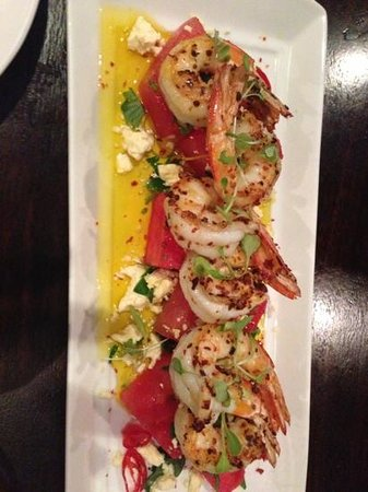 Muster Bar and Grill: chilli prawns w watermelon
