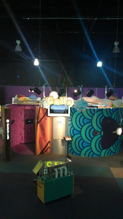 Sci-Quest Hands-on Science Center : Sci-Quest