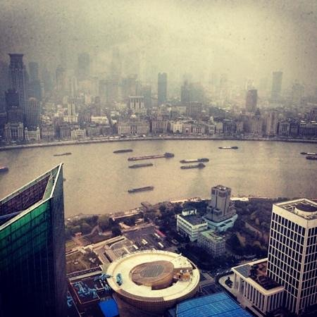 The Ritz-Carlton Shanghai, Pudong: вид из номера 4817