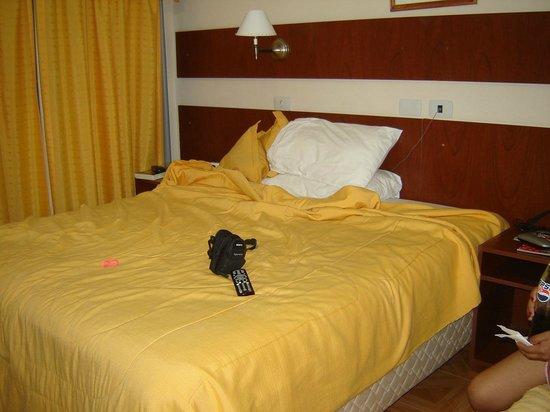 Hotel Tropical: el telefono era solo un accesorio que decoraba porque jamas funciono
