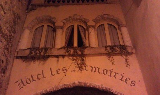 Les Armoiries : l hotel. l