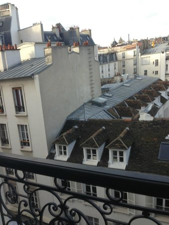 Apostrophe Hotel: view from room (Paris Paradis)
