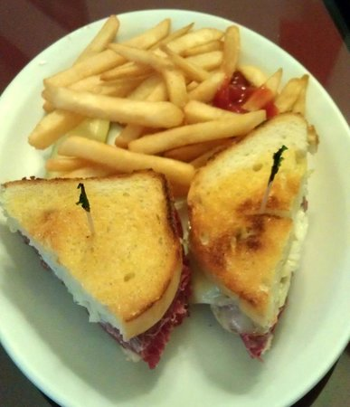 Whitehouse Restaurant & Bar: Hot Rachel - corned beef, coleslaw and Swiss cheese on house made Italian bread, with side of fr