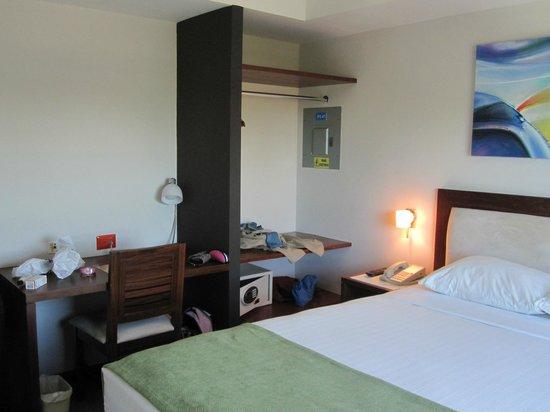 Hotel HEX: Room