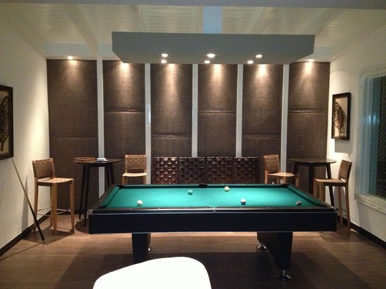 Tortuga Bay, Puntacana Resort & Club: New Lounge with bar and pool table