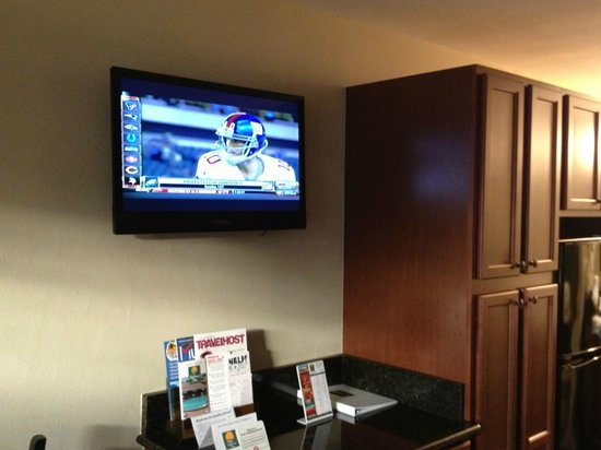 Gulfcoast Inn Naples: TV
