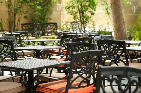 Best Western Premier Terrace Hotel: The Front Terrace