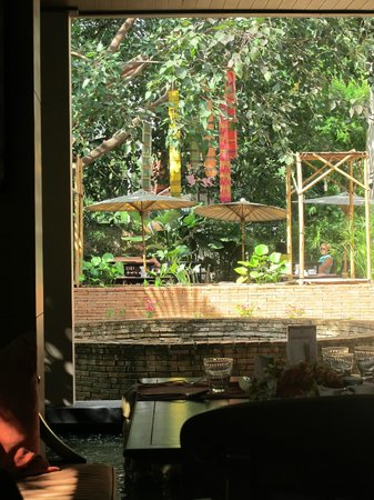 Siripanna Villa Resort and Spa Chiang Mai: View from the restaurant