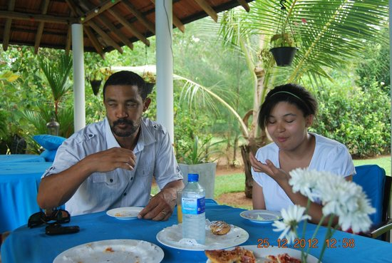 Villa Suriyagaha: Enjoying the good food