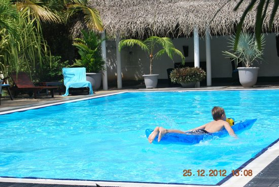 Villa Suriyagaha: Having fun in the pool