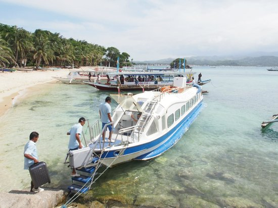 Discovery Shores Boracay: the Discovery Shores boat transfer