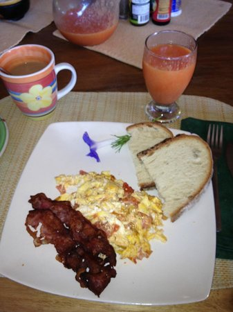 Villa Mango: Delicious breakfast