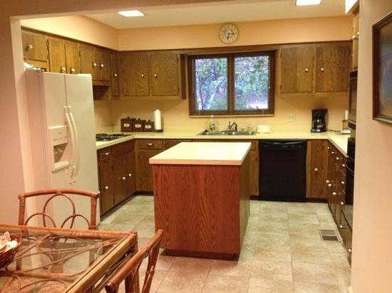 Red Apple Inn and Country Club: kitchen
