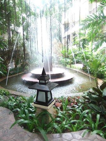سيم بايشور: Hotel & Grounds, View from room & Family/ Play / areas 