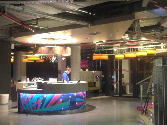 Aloft Brussels Schuman Hotel: Lobby area