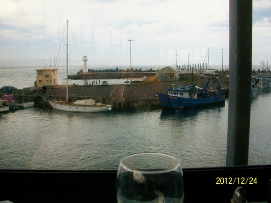 Harbourfront Seafood Restaurant: View of the harbour