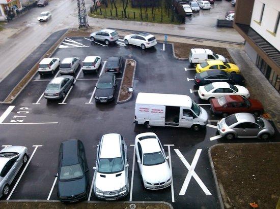 Hotel Emporium: parking