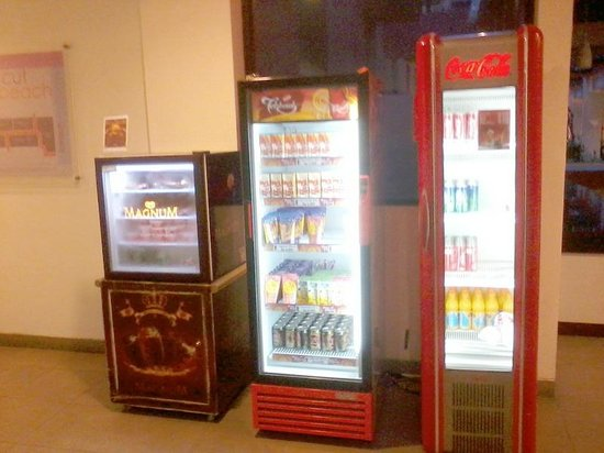 Amaris Hotel Legian: New Vending Machine With Reasonal Price
