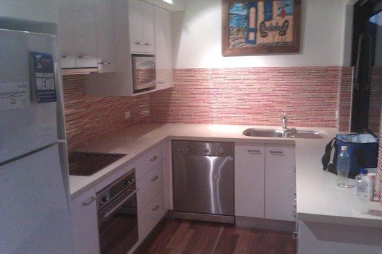 Bella Casa Noosa: kitchen