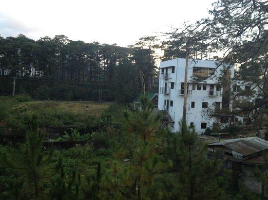 Ridgewood Hotel: View from veranda