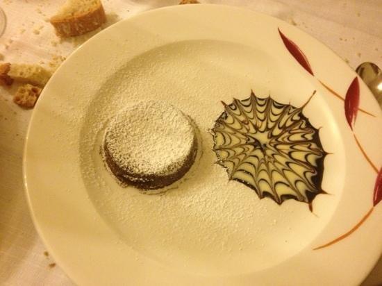 Antica Trattoria La Foce: tortino al cioccolato