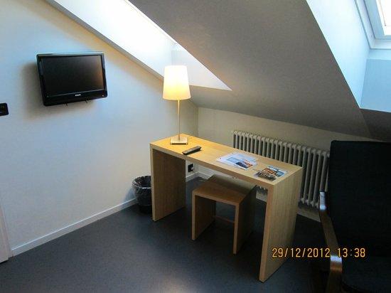 Hotel Marta: bedroom