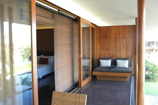 Anantara Chiang Mai Resort: All rooms have balcony with day bed