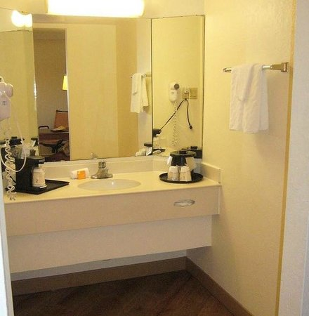 bathroom vanity picture of la quinta inn by wyndham san antonio rh tripadvisor com
