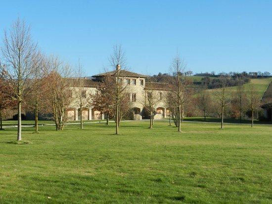Borgo Lanciano Relais Benessere: Parte adibita alle camere, alla Spa e alla piscina esterna (sul retro)