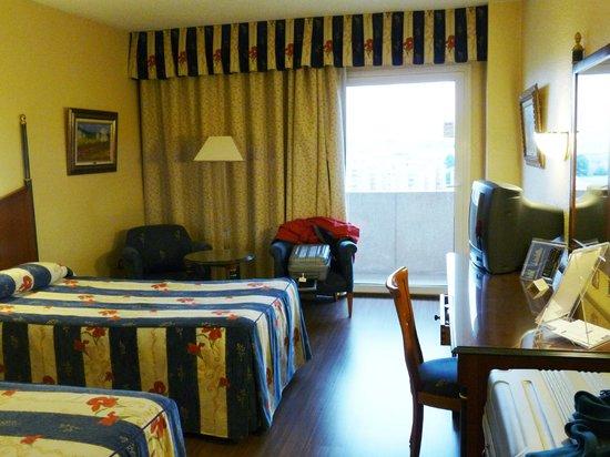 Hotel Beatriz Toledo Auditorium & Spa: Habitación