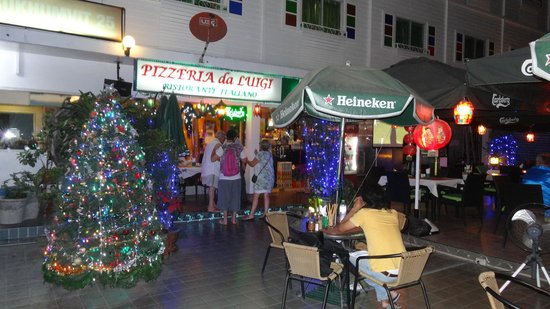 Pizzeria Da Luigi Restaurant