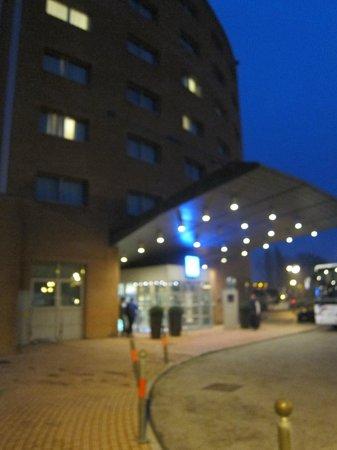 Novotel Venezia Mestre: Hotel Facade