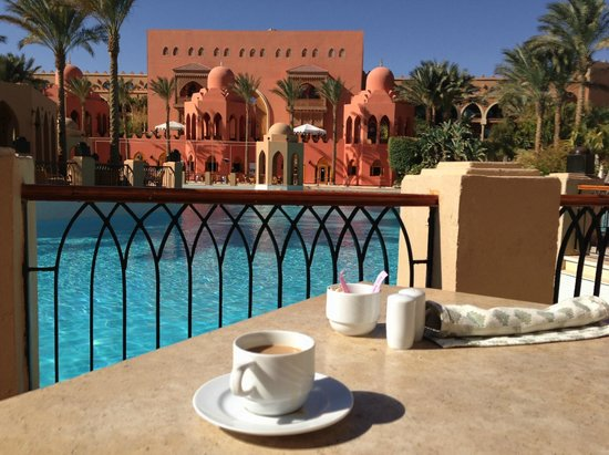 The Makadi Palace Hotel : Breakfast at the Dome Restaurant