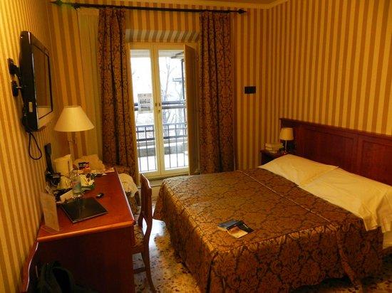 Silla Hotel: 15 m2 un petit fauteuil