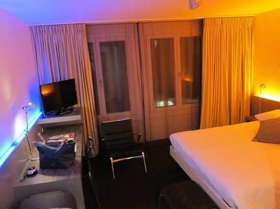 Continental-Park Hotel: Hotel Room