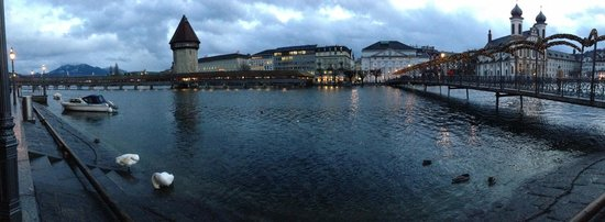 Continental-Park Hotel: Lucerne bridge, 5 minutes walk from the hotel