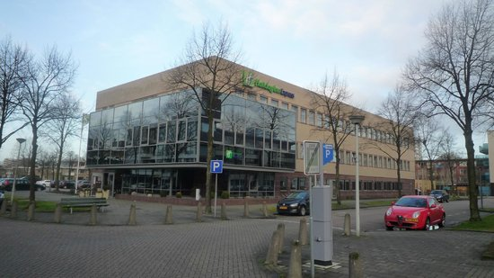 Holiday Inn Express Amsterdam - South: vista esterna dell'hotel