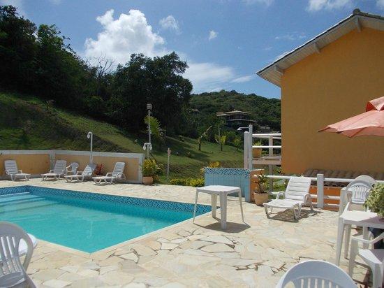 Almar Buzios Pousada: Otra vista de la piscina, excelente!!
