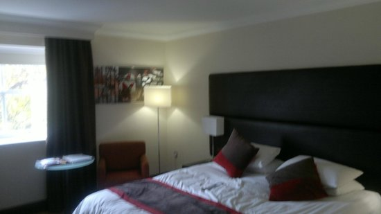 The Gonville Hotel: Nice bed!